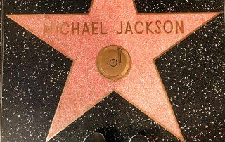 Michael Jackson - LEGEND - IZZAT RIAZ